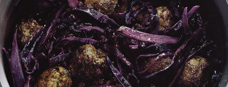 Recette chou rouge braisé aux airelles et boulettes