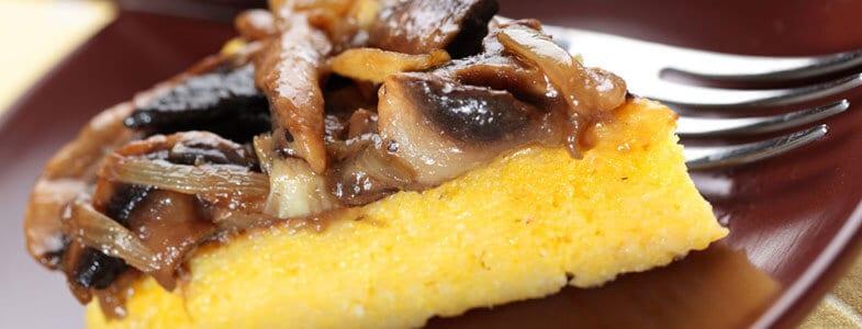 Tarte de polenta aux poireaux