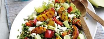 recette salade végétarienne pêche avocat feta