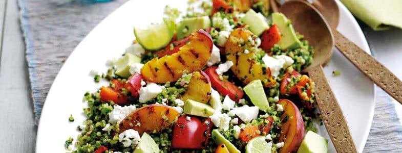 Recette végétarienne – Salade de boulgour, feta, pêche et avocat