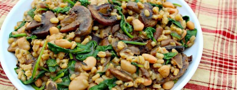 Recette végétarienne – Orge, épinards et haricots blancs