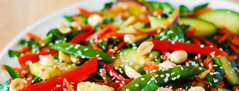 Recette végétarienne – Salade asiatique croquante