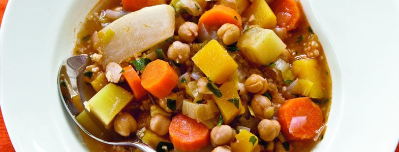 Ragoût de pois chiches et légumes d'hiver