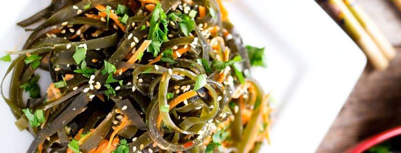 Salade d'algue kombu et carottes