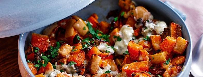 Recette végétarienne – Courge rôties au roquefort et aux noix