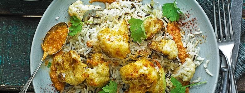 Mélange de riz et chou-fleur croustillant