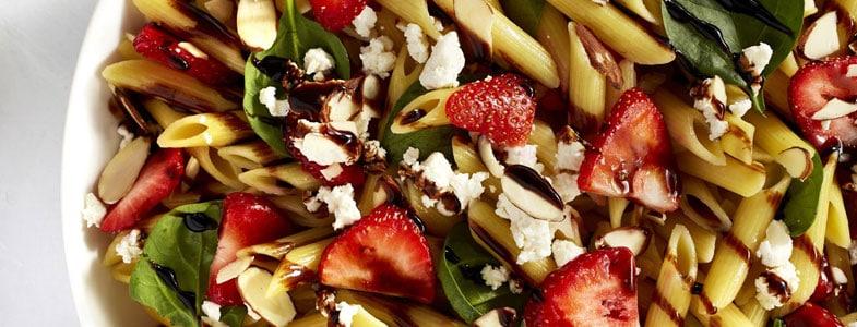 Salade caprese aux fraises
