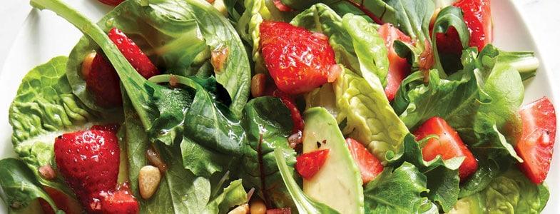 recette vegetarienne salade fraises avocat