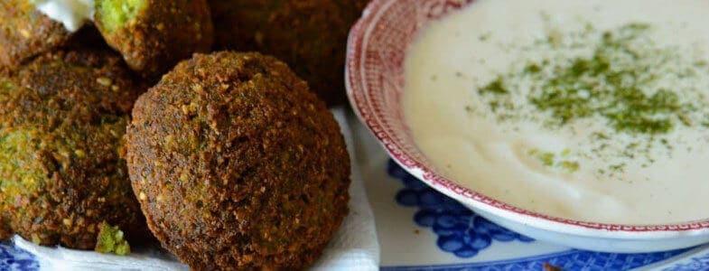 recette-vegetarienen-falafel-creme-concombre
