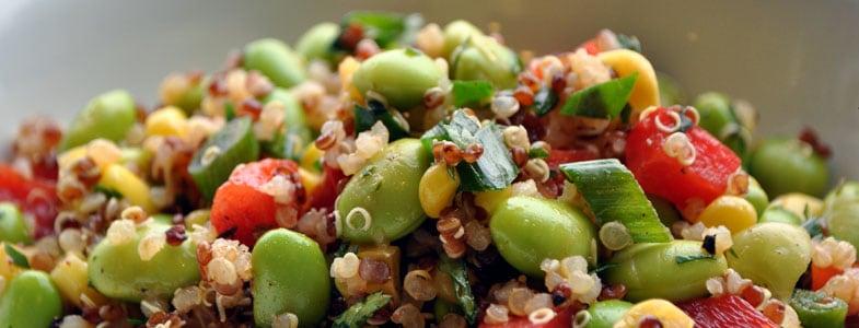 Salade de quinoa, edamame et poivron