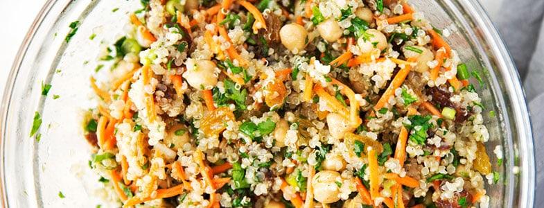 Salade quinoa, pois chiches à la marocaine