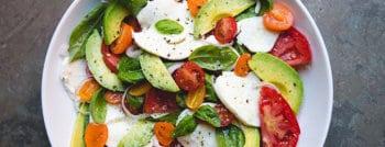 recette-vegetarienne-salade-avocat-caprese