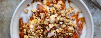 recette-vegetarienne-crumble-abricots-banane