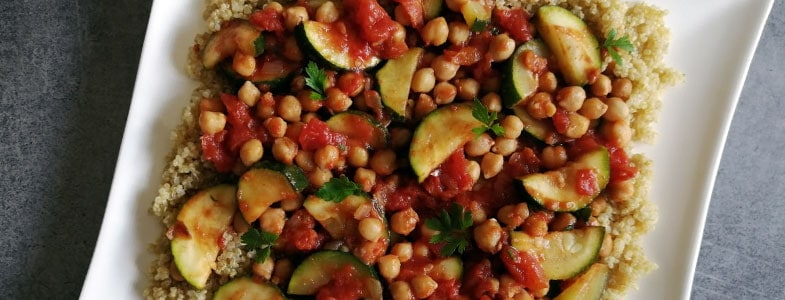 recette-vegetarienne-ragout-pois-chiches-courgettes