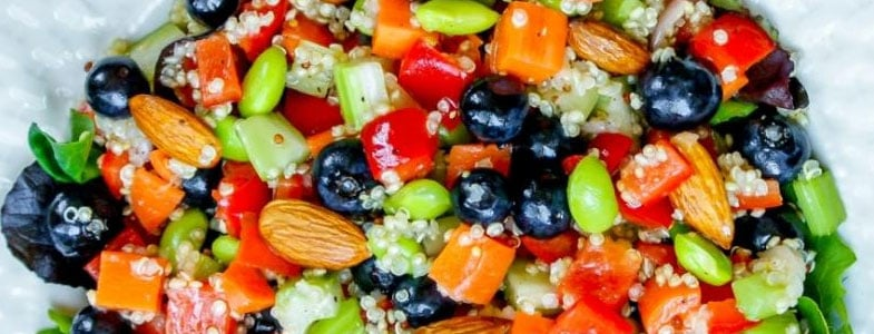 recette-vegetarienne-salade-detox-quinoa