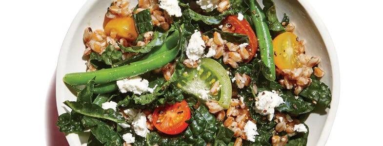 Salade d'épeautre, haricots verts et kale