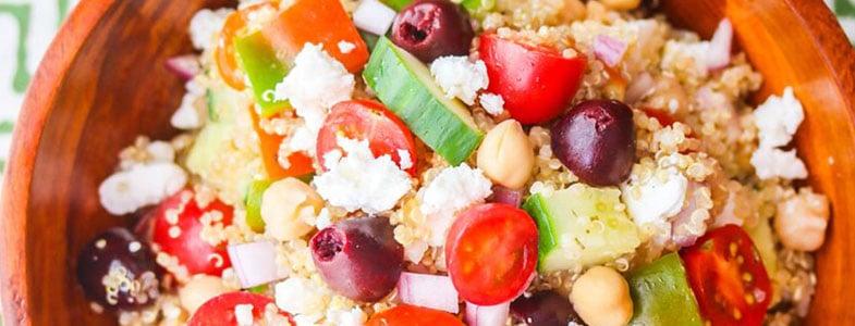 Recette végétarienne – Salade méditerranéenne au quinoa