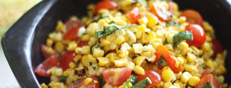 Salade de tomates et maïs