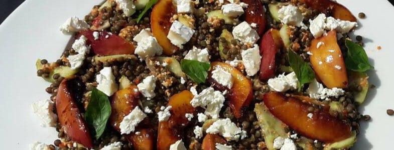 Recette végétarienne - Lentilles aux nectarines et pesto de poivron rouge