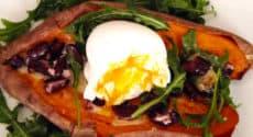 Patate douce farcie aux haricots rouges