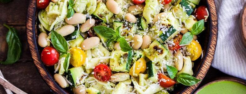 Salade de haricots blancs et légumes grillés