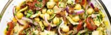 recette-vegetarienne-salade-mediterraneenne-pois-chiches