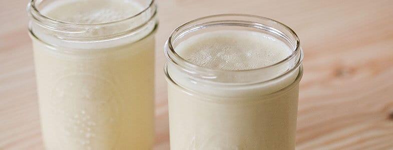 recette-vegetarienne-smoothie-banane-coco