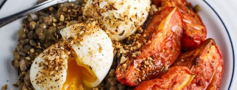 recette-vegetarienne-lentilles-tomates-roties-oeuf