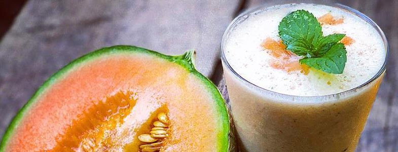Smoothie melon, lait d'amandes