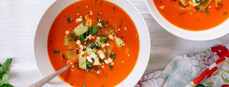 Soupe froide de poivrons rouges
