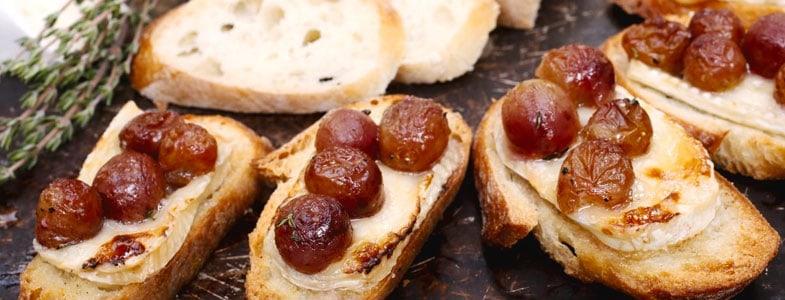 Crostini de raisins rôtis