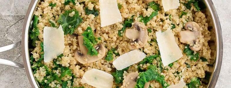 Quinoa aux champignons et chou kale