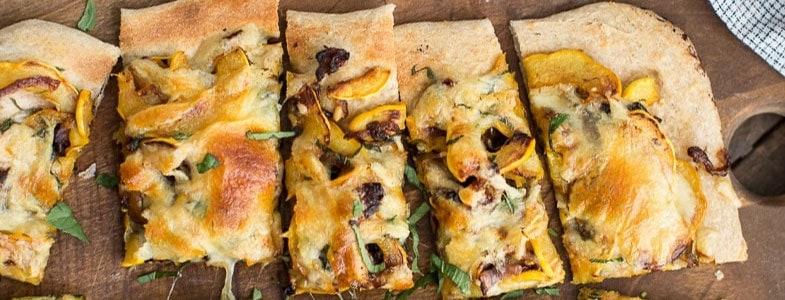 recette-vegetarienne-pizza-courge-delicata