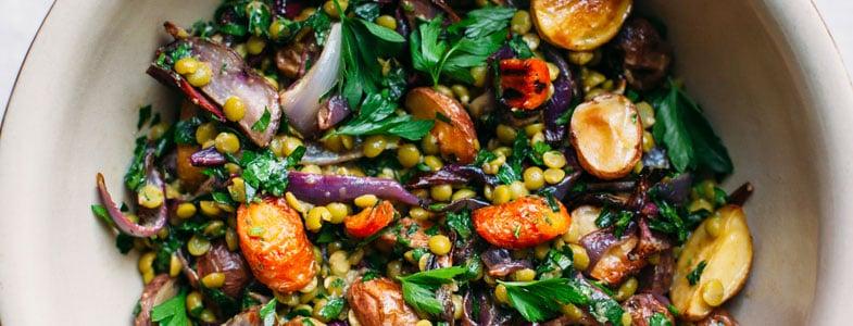 Salade de pommes de terre et pois cassés