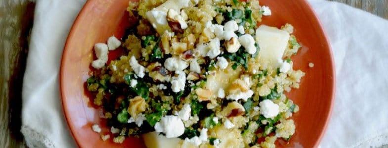 Salade d'hiver au quinoa, chou kale et poires