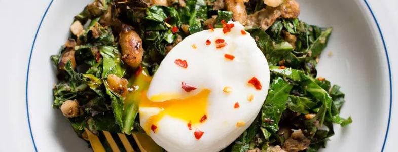 recette-vegetarienne-haricots-blancs-blettes-oeuf-poche