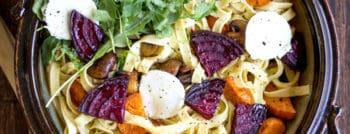recette-vegetarienne-tagliatelles-patates-douces-betteraves-chevre