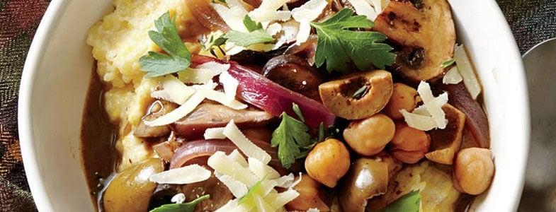 Polenta aux champignons, pois chiches et olives