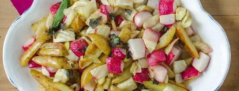 Pommes de terre, radis et fenouil rôtis