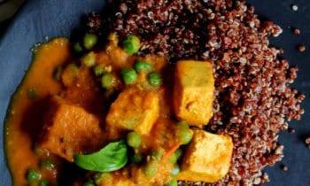 Tofu Tikka Masala et quinoa rouge