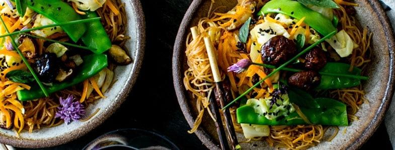 recette-vegetarienne-nouilles-riz-pois-gourmands
