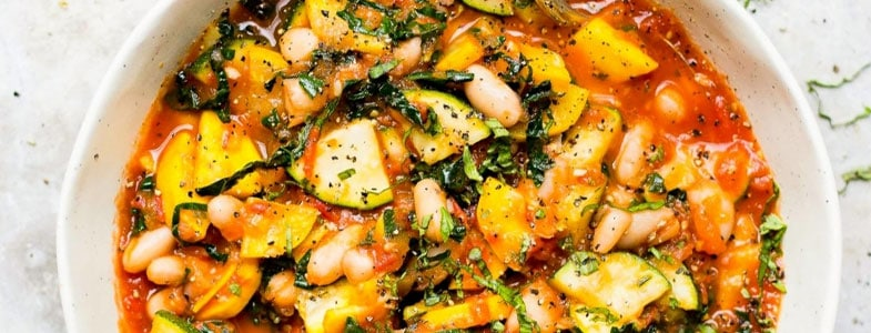 Courgettes et haricots blancs, sauce tomate
