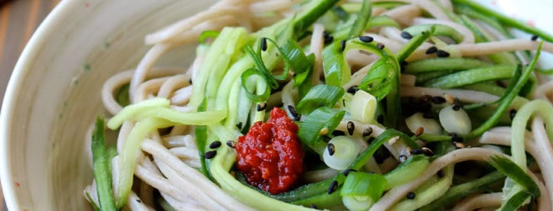 recette-vegetarienne-nouilles-somen-concombre