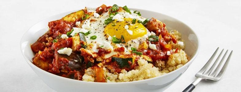 Quinoa à la méditerranéenne et son oeuf
