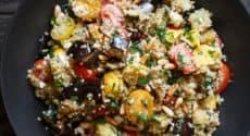 Salade de quinoa aux légumes rôtis