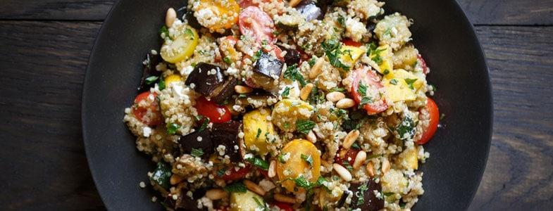 recette-vegetarienne-salade-quinoa-legumes-grilles