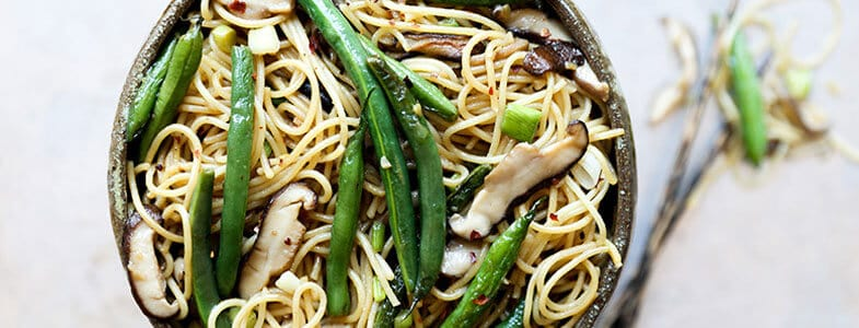 recette-vegetarienne-spaghettis-haricots-verts-shiitake