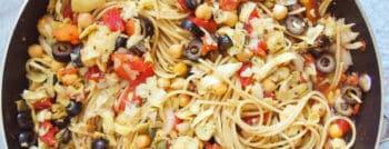 recette-vegetarienne-one-pot-pasta-alla-puttanesca