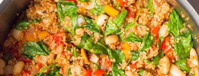 One pot d'été quinoa et haricots blancs