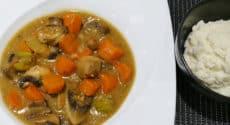 Ragoût de légumes et purée de chou-fleur